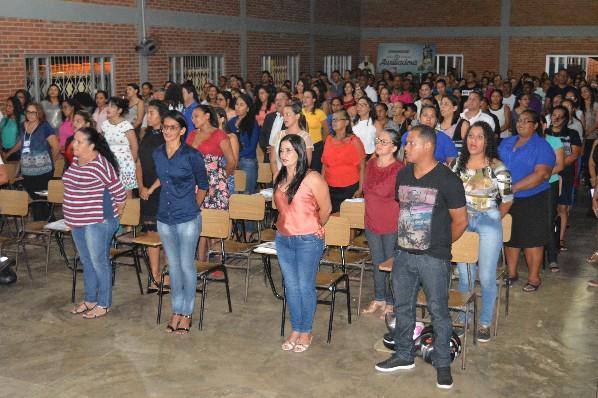 PREFEITO PELEZINHO CONCEDE REAJUSTE DE MAIS DE 6% PARA EDUCADORES